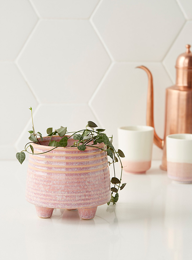 Simons Maison Pink Vintage pink standing planter 3.5 in