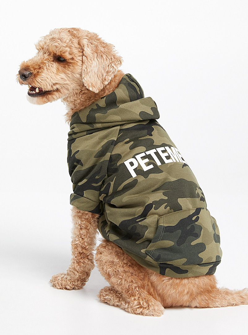 Petements Patterned Green Logo camo dog sweatshirt  Small/Medium for men