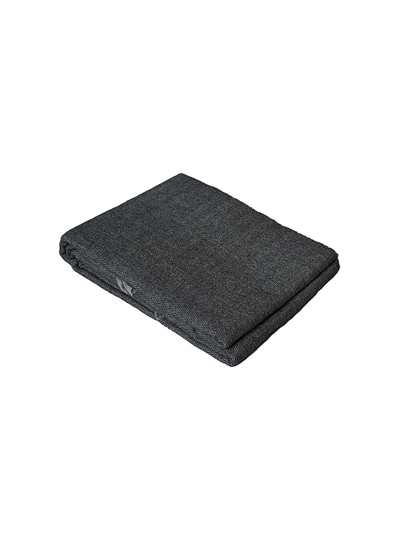 Obakki Grey Ultimate softness cinder throw for women