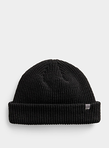 Short rolled tuque