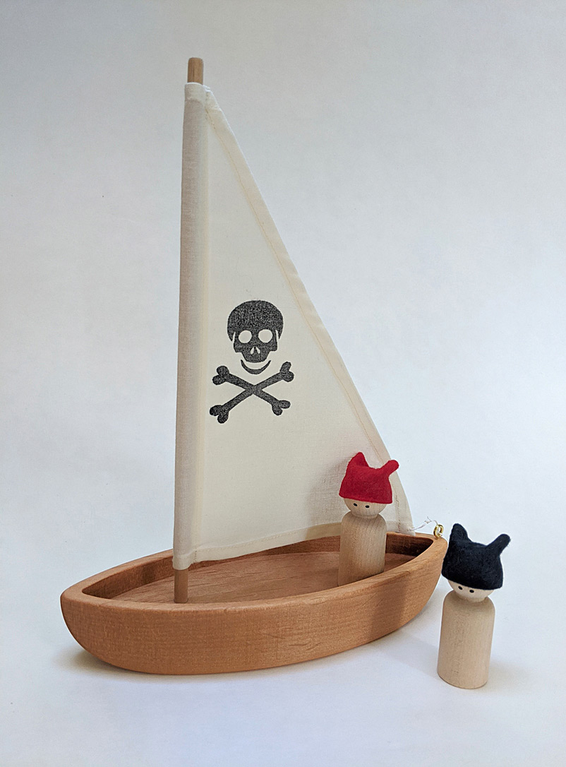 Woodpeckers Toys White Wooden pirate sailboat and sailors set