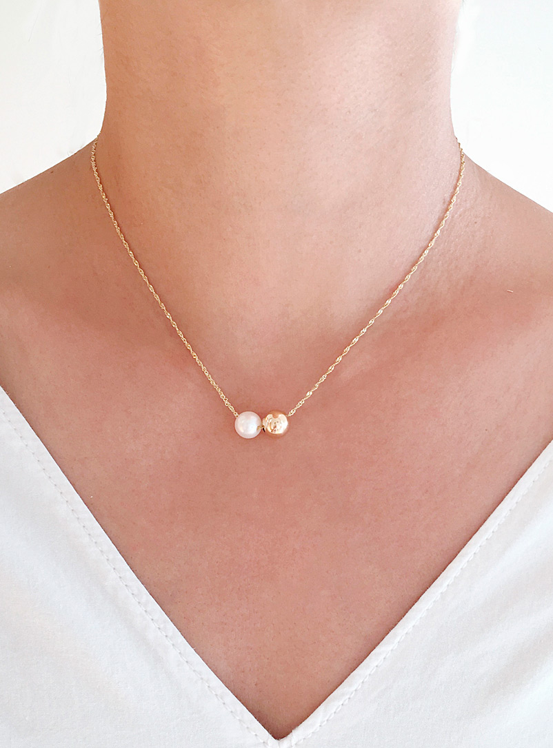 Poppy Finch Assorted Pearl gold necklace for women