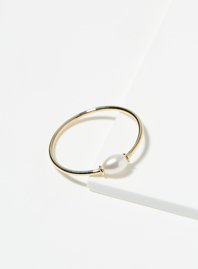 Poppy Finch Assorted Keshi pearl ring for women