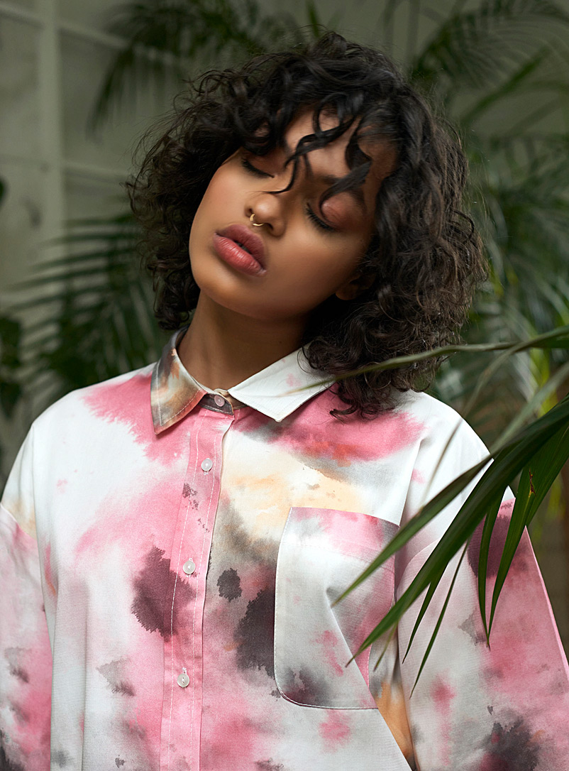 Damson Madder Patterned Red Faded tie-dye shirt for women