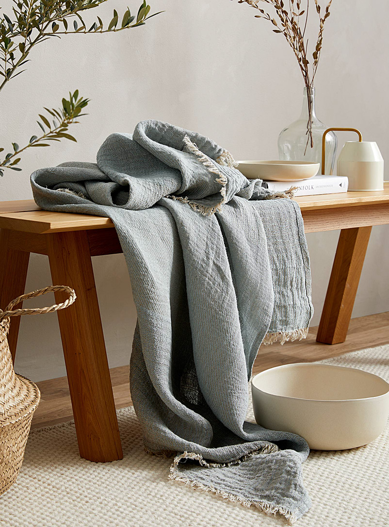 Le fil rouge Textiles Blue  Pure linen throw