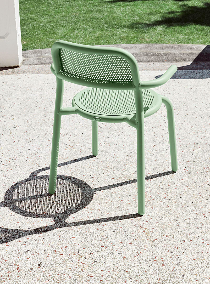 fatboy Green Toni outdoor bistro chair with armrests