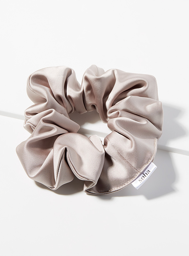 Soha & Co Sand Satiny pink scrunchie for women