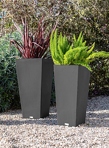 Tapered prism planter 2 sizes available