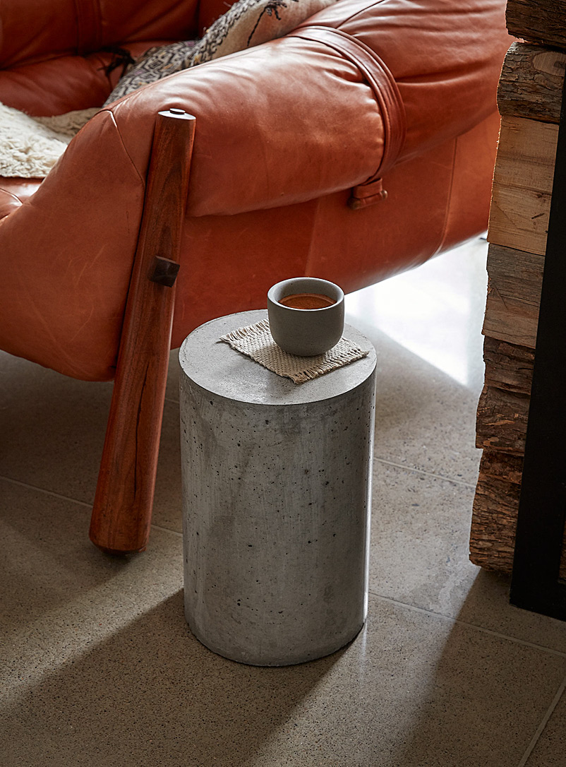 AtelierB Grey Cylinder concrete coffee table