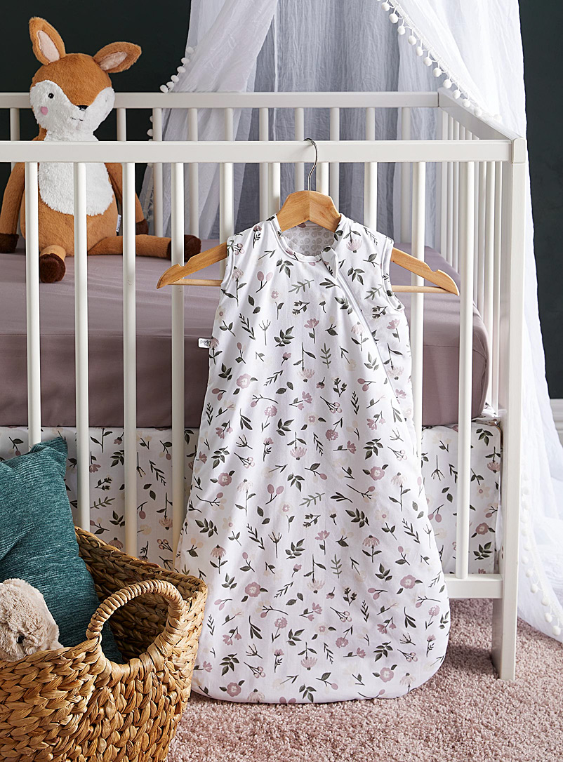 Perlimpinpin Assorted brown  Three-piece baby bed set Sleep sack, fitted sheet, and bed skirt