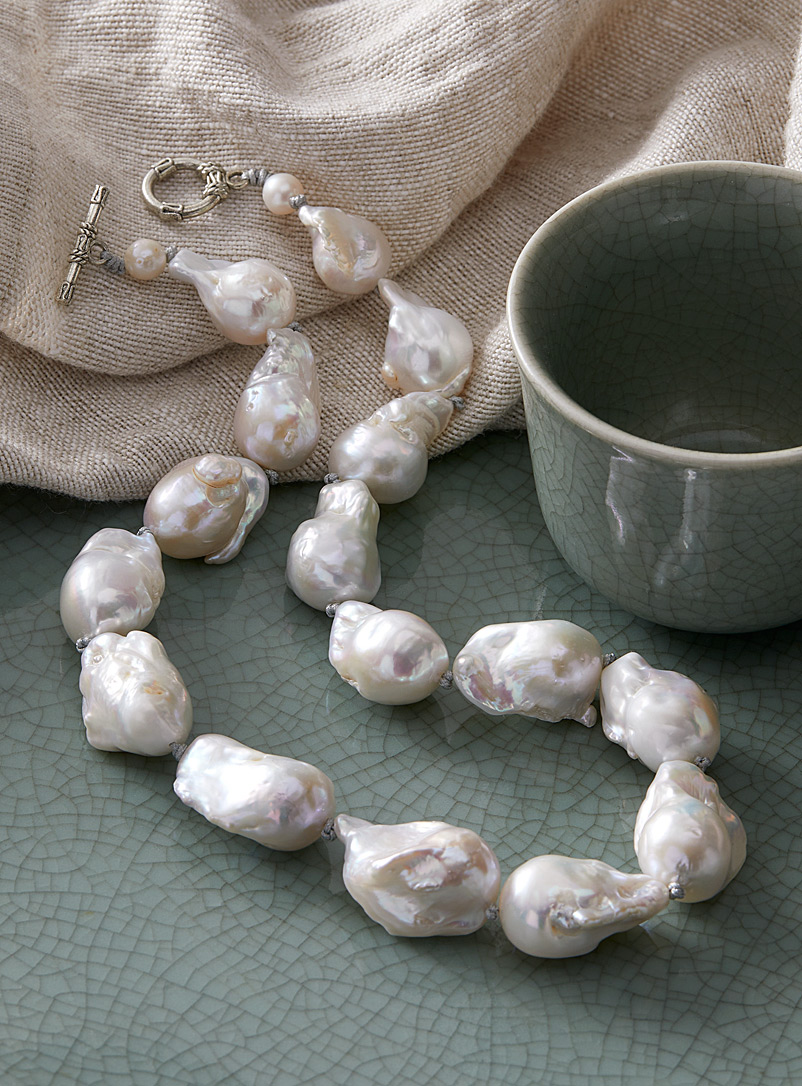 Soma Mo Pearly Classic baroque pearl necklace