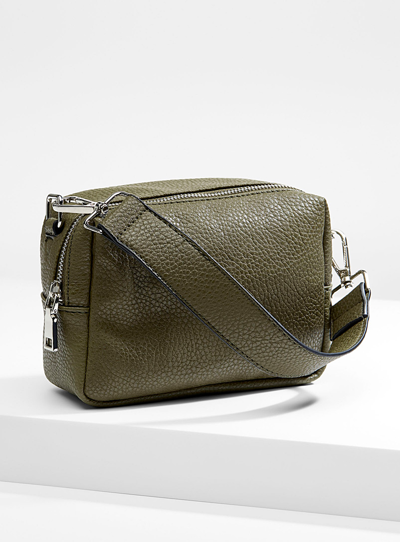 textured-shoulder-bag