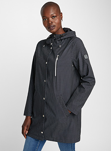 Pin dot raincoat