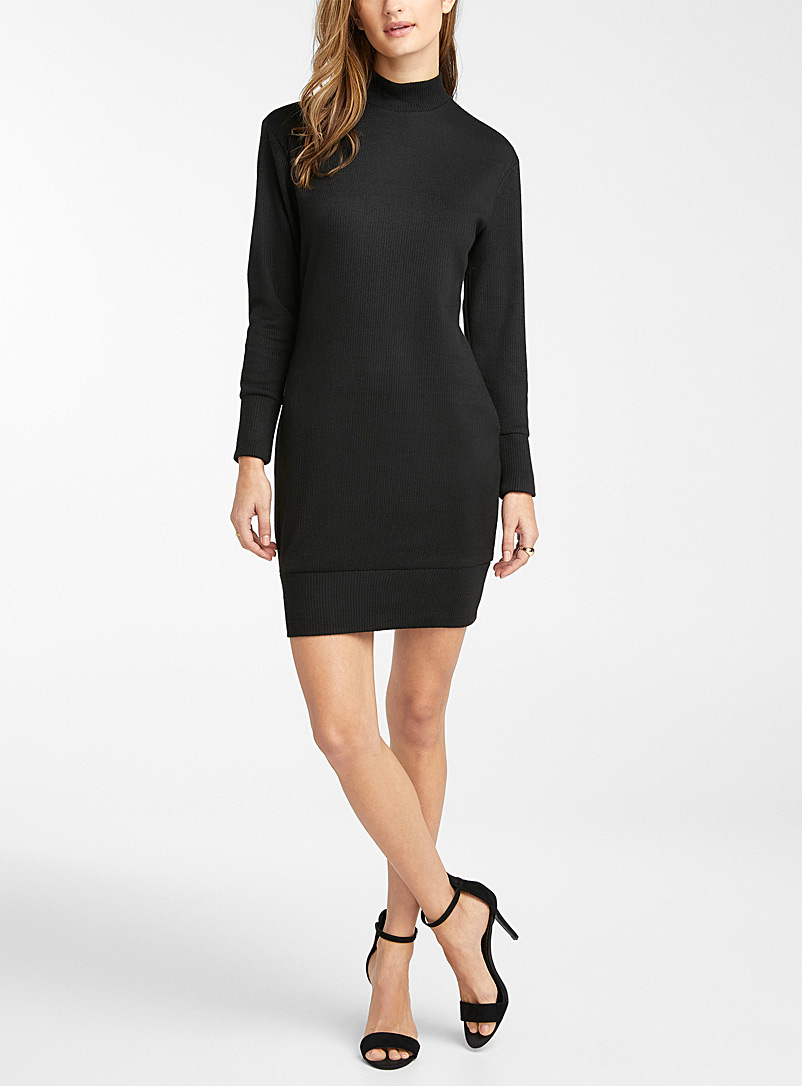 Icône Black Mock-neck ribbed dress for women