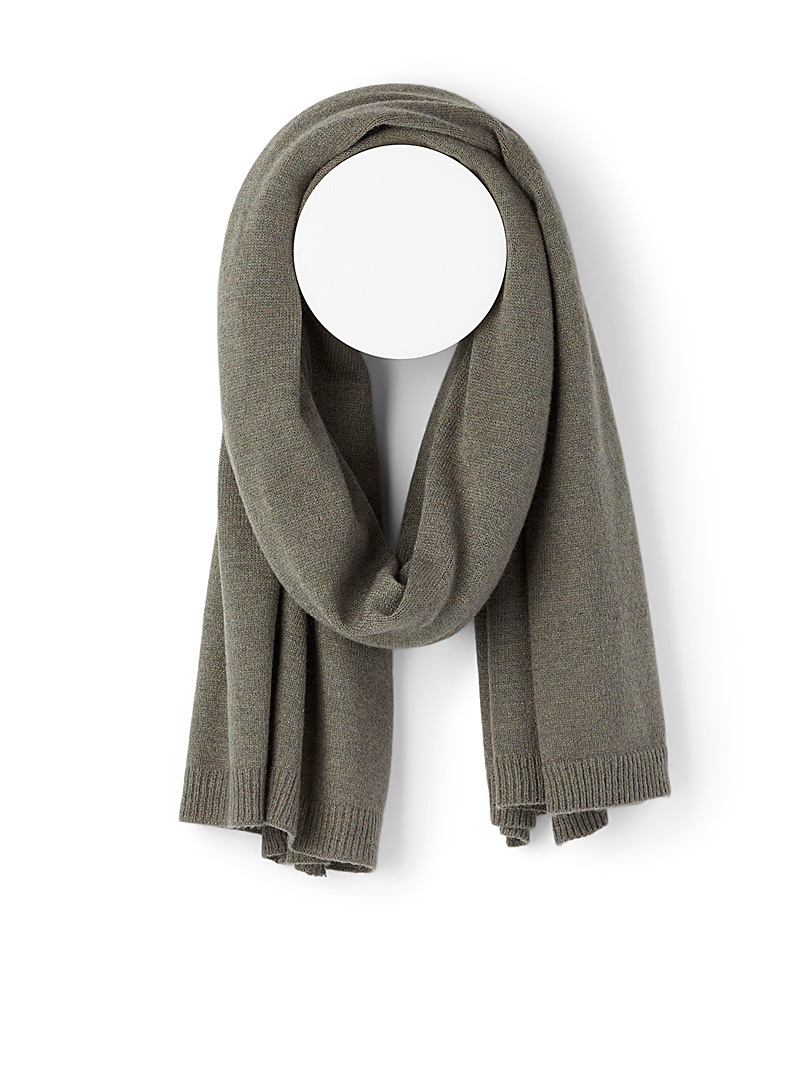 Simons Mossy Green Cozy knit scarf for women
