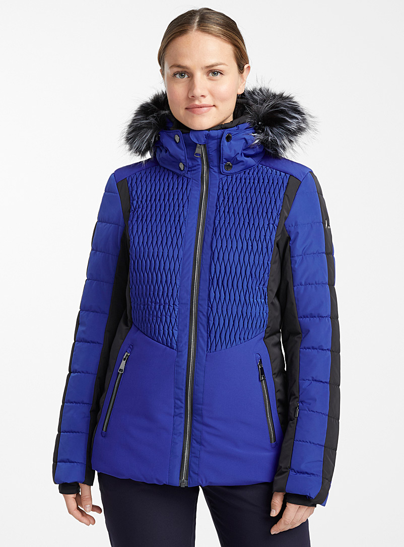 jaanu-insulated-coat-br-fitted-style