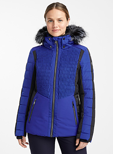 Jaanu insulated coat <br>Fitted style