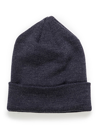 Variegated essential tuque