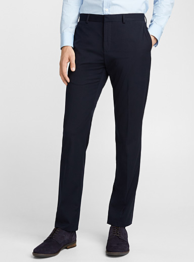 Solid minimalist pant <br>London fit - Slim straight <br>