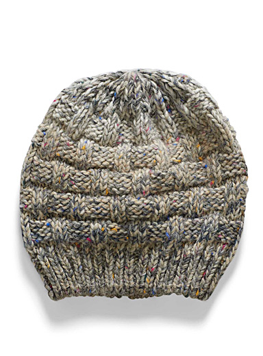 Colourful graded knit tuque