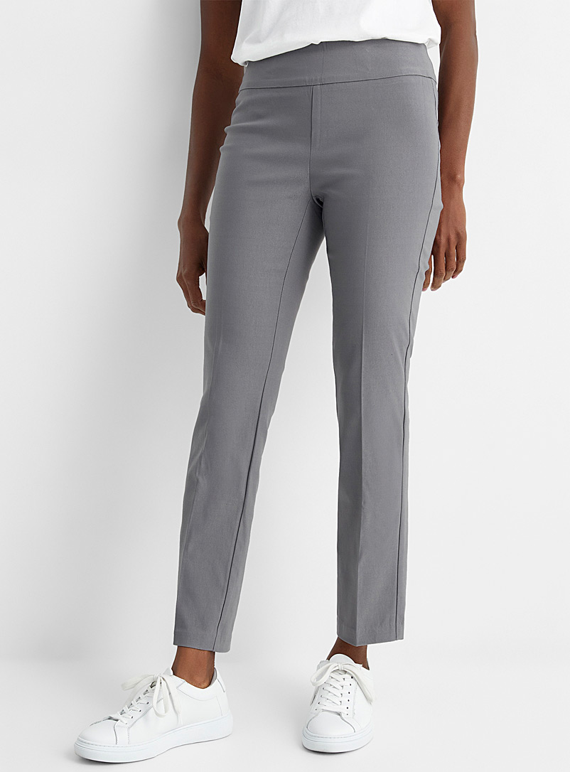 Contemporaine Dark Grey Essential slim pull-on pant for women