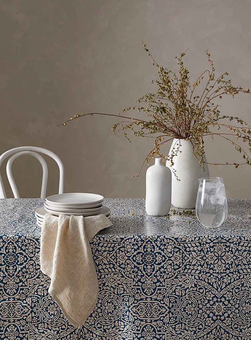 Simons Maison Patterned White Marrakesh vinyl tablecloth
