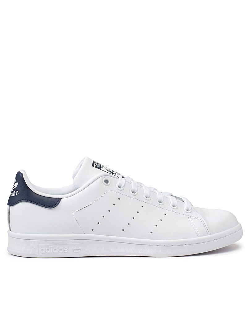 le-sneaker-stan-smith-accent-marine-br-homme