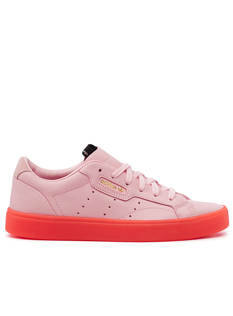 sleek-sneakers-br-women