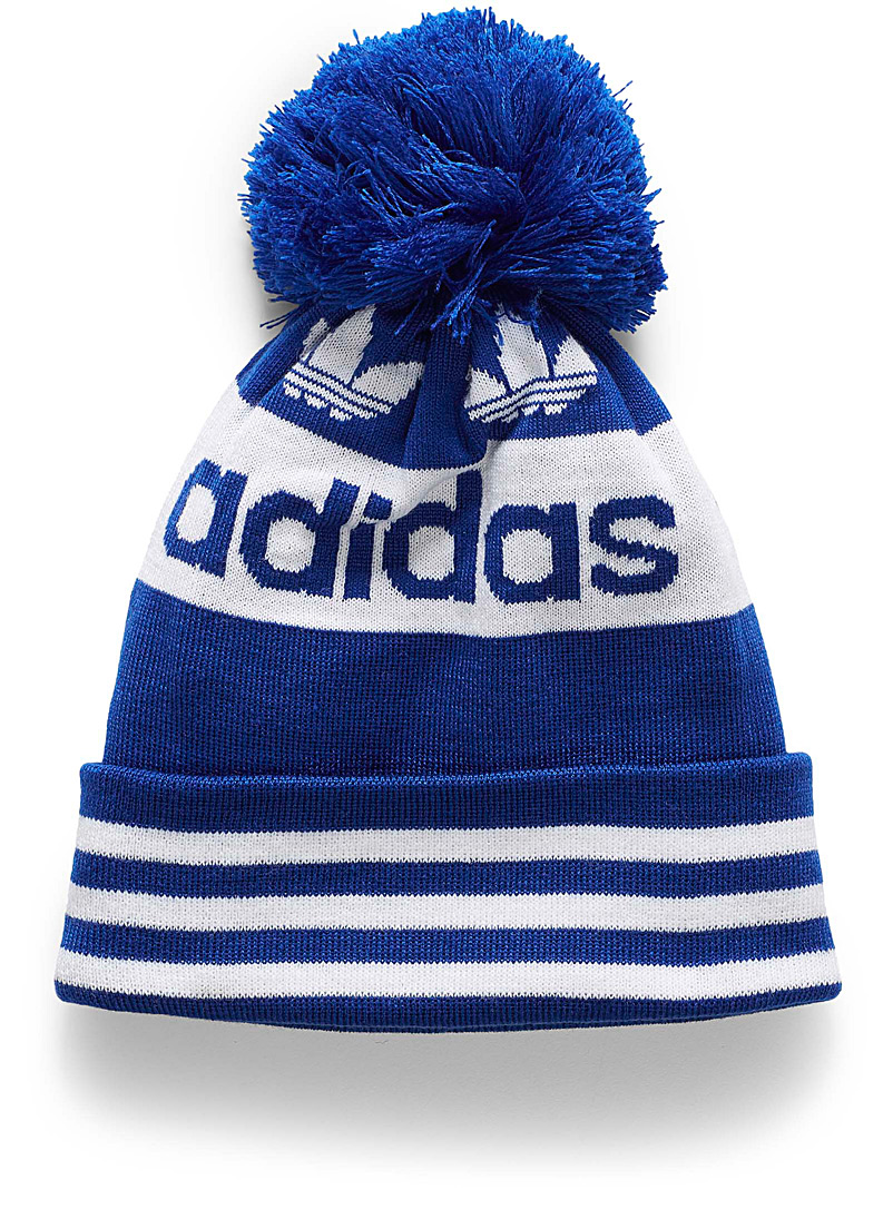 old-school-pompom-tuque