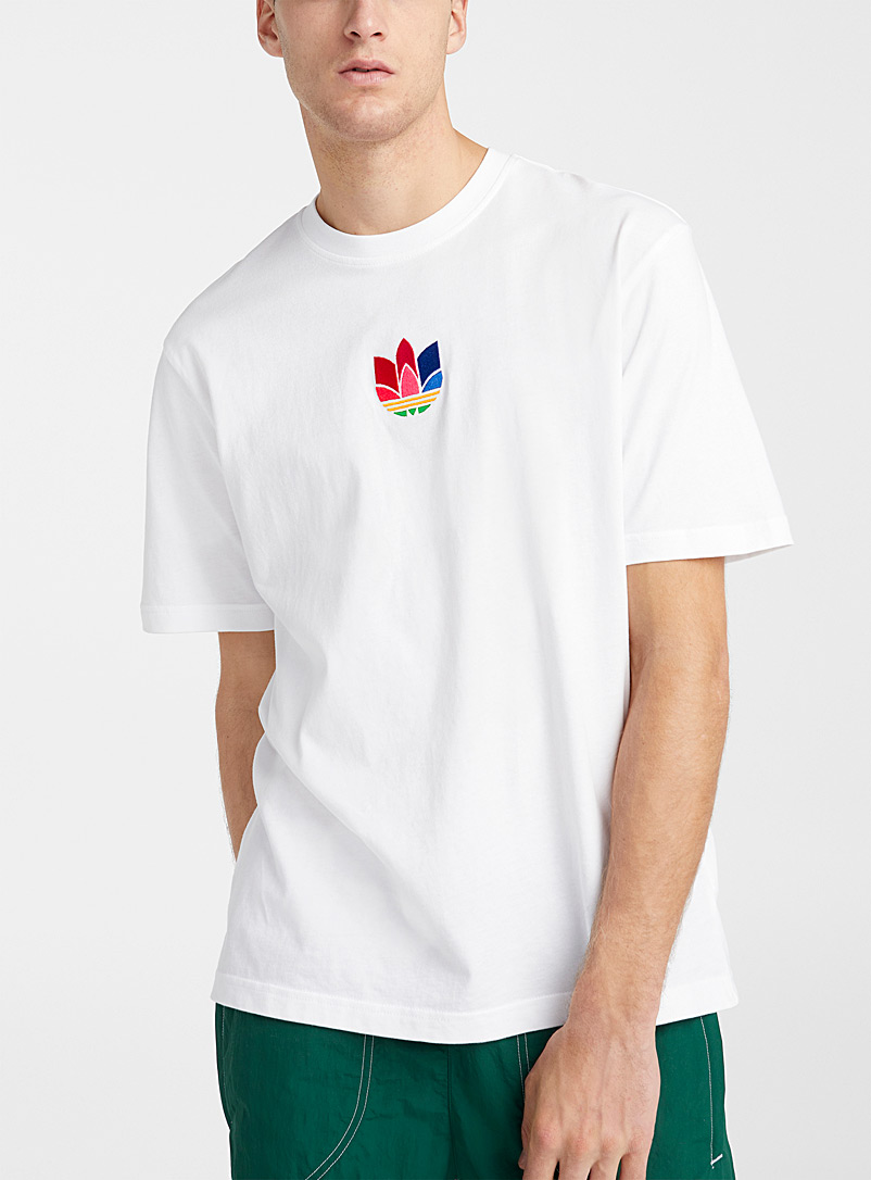 Retro embroidery T-shirt