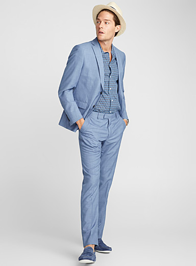 Blue chambray suit <br>Semi-slim fit