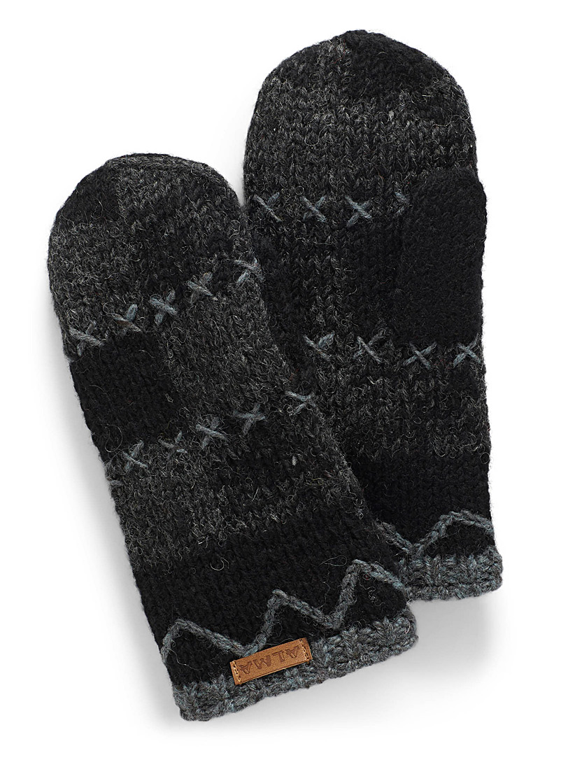 Checkered knit mittens - Mittens - Patterned Black