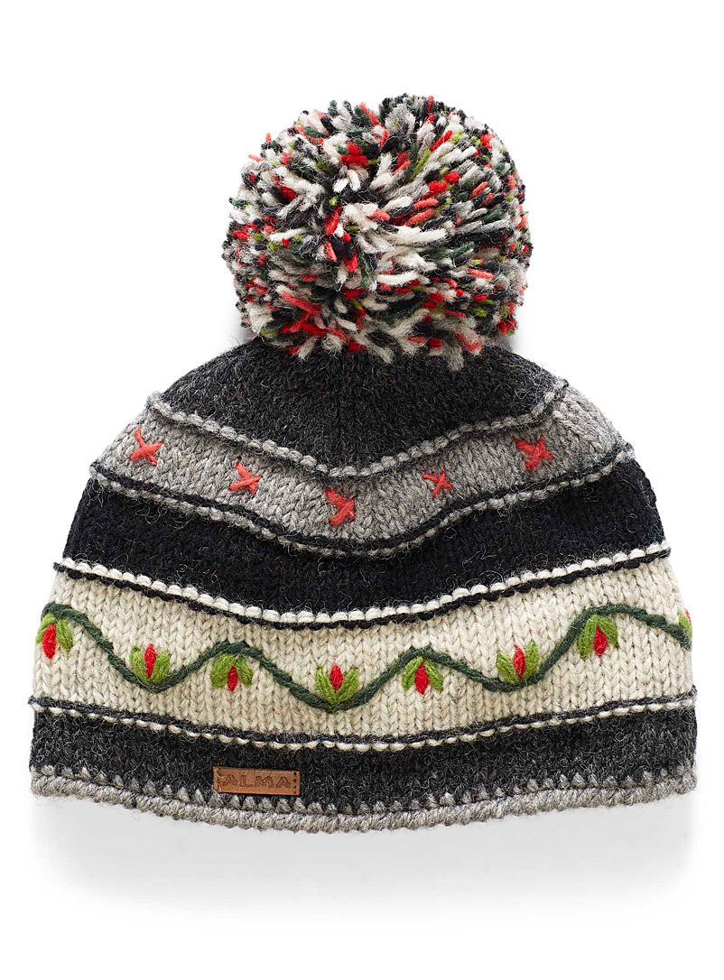 Floral embroidery tuque - Woollens - Patterned Black