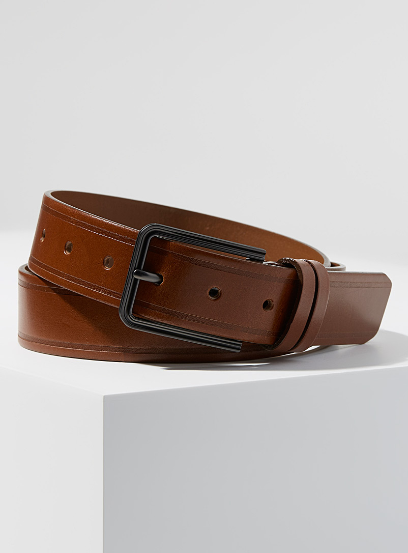 embossed-stripe-belt