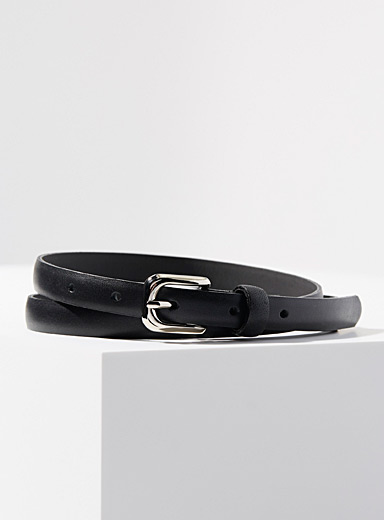 Fine matte leather belt