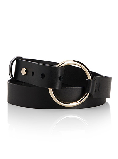 Gold-ring leather belt