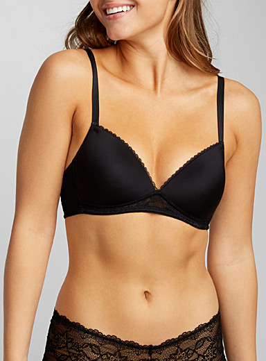 Lace-trim wireless triangle bra