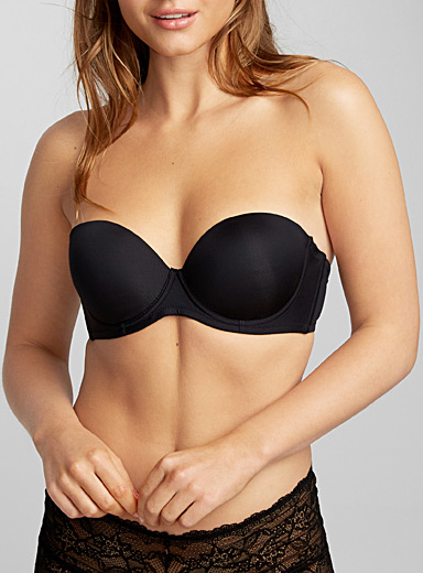 Shop plus size lingerie by fit at Addition Elle to get the perfect fit and a gorgeous silhouette. Discover plus size bras in every style to suit your plus size wardrobe needs: wire-free, non-padded underwire, padded underwire, sports bras, and more.
