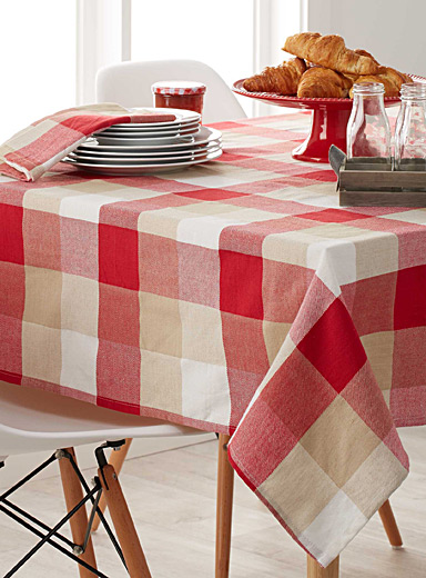 Warm check tablecloth