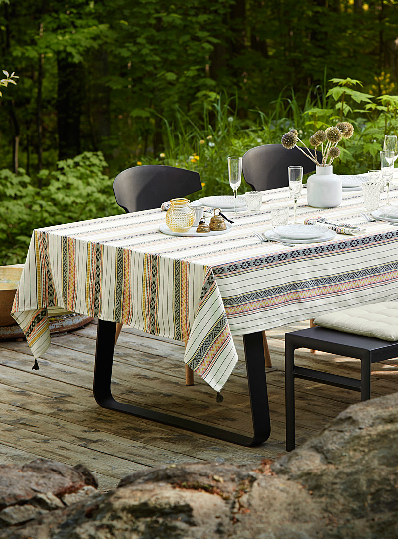 Folklore-stripe jacquard tablecloth - Woven - Assorted