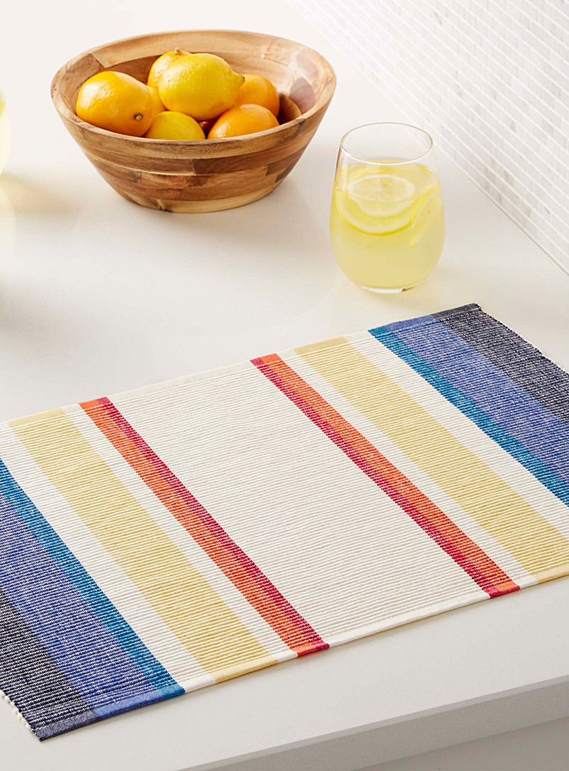 Simons Maison Assorted Rising sun woven placemat