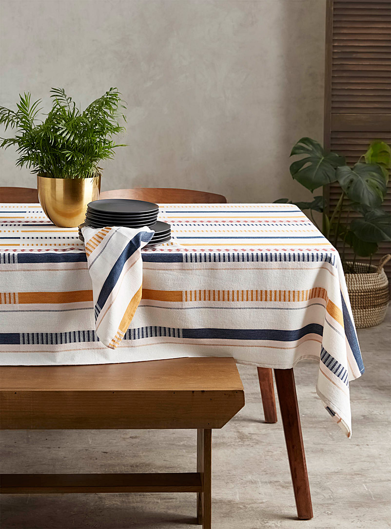 Creative stripe tablecloth - Woven - Assorted