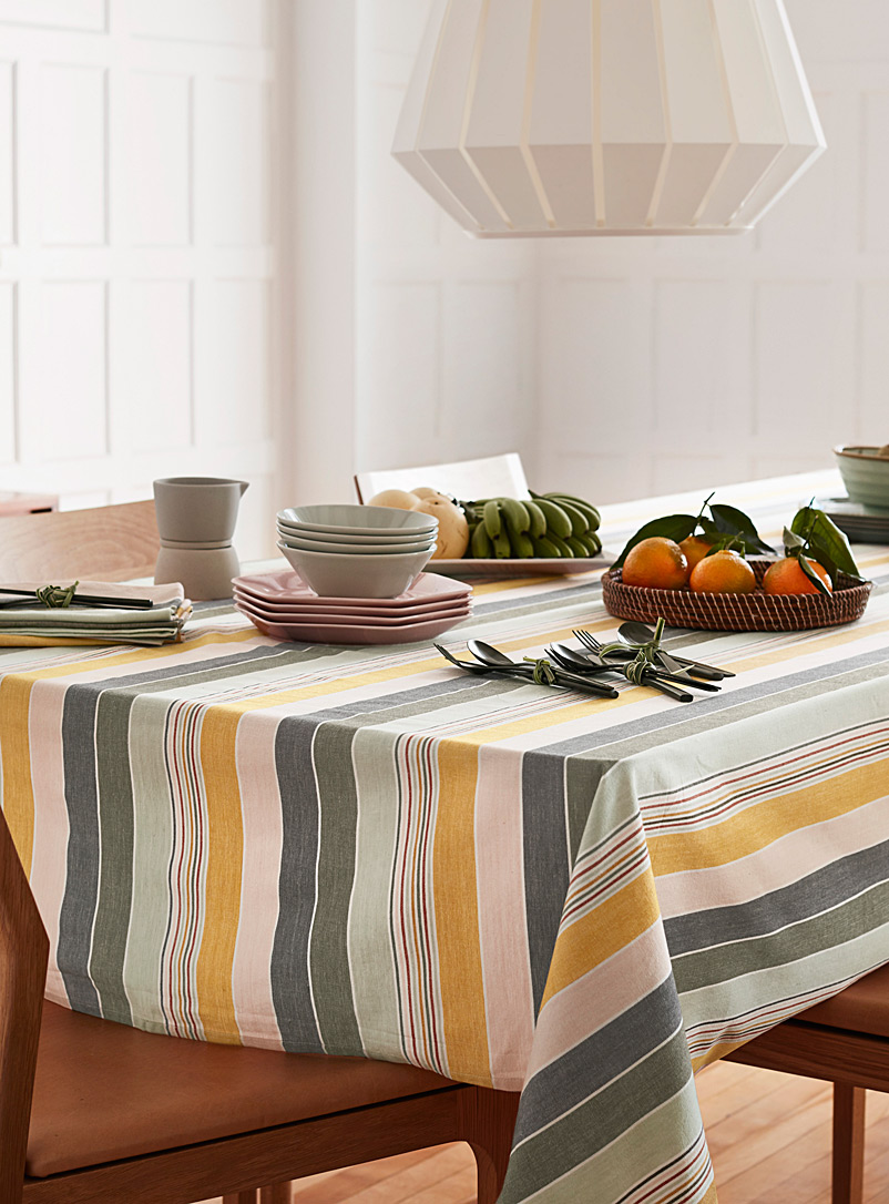 Light of dawn woven organic cotton tablecloth