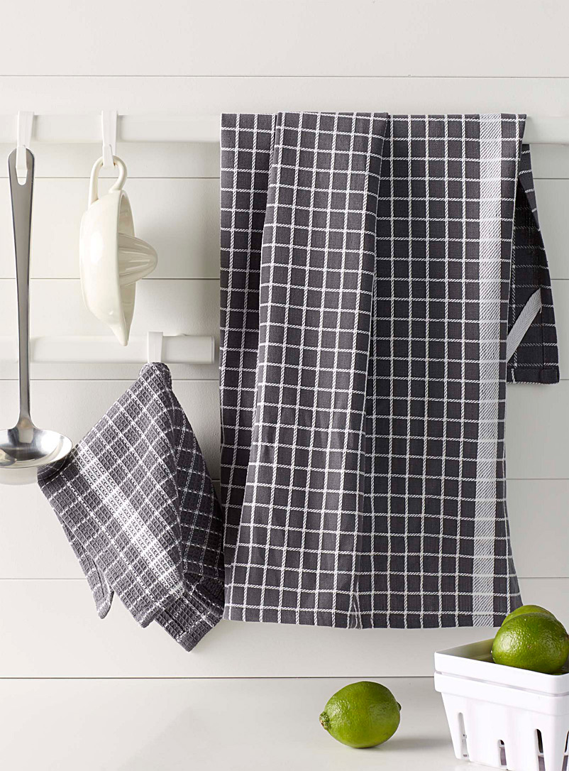 Modern check tea towels