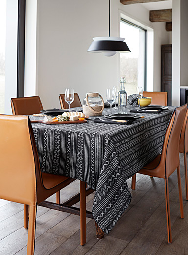 Tribal jacquard tablecloth