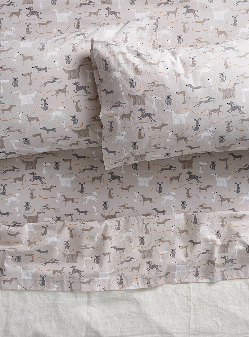 dog-walk-flannel-sheet-br-fits-mattresses-up-to-15-in