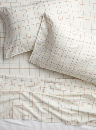 Simons Maison Cream Beige Warm check flannel sheet  Fits mattresses up to 15 in.