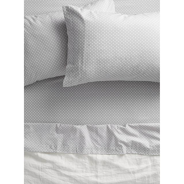 polka-dot-flannel-sheet-fits-mattresses-up-to-15-in