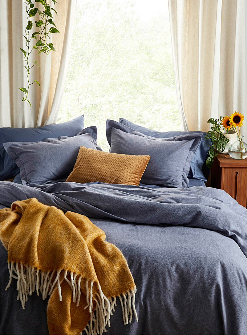 Dark flannel duvet cover set