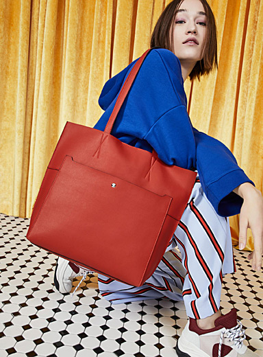 Check-lined tote